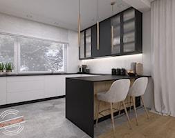 Dom jednorodzinny NP - Średnia otwarta biała kuchnia w kształcie litery u z oknem, styl nowoczesny - zdjęcie od Retro Studio - Homebook