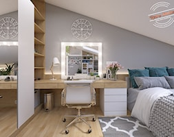 Poddasze AT - Średnia biała szara sypialnia małżeńska na poddaszu, styl skandynawski - zdjęcie od Retro Studio