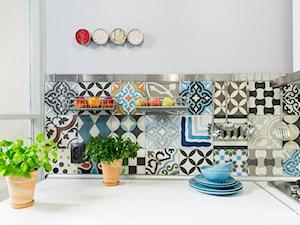 Niepowtarzalne aranżacje z patchworkiem na ścianach