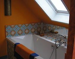 Płytki cementowe w łazience - zdjęcie od Cerames