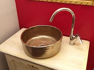 Pomysły na łazienkę - umywalki ręcznie formowane