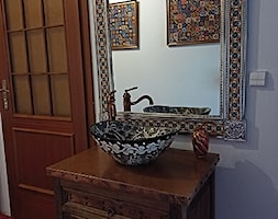 Prezentacja meksykańskiej umywalki oraz lustra w naszym biurze - zdjęcie od Cerames - Homebook