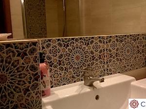 Łazienka z płytkami marokańskimi - zdjęcie od Cerames
