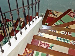 Płytki cementowe - przedpokój, hol, schody, poczekalnia