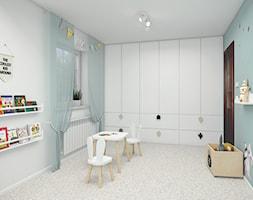 Pokój Filipa - Średni szary niebieski pokój dziecka dla chłopca dla dziewczynki dla niemowlaka dla malucha - zdjęcie od Mieszkanie to wyzwanie