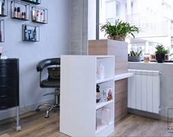 Salon fryzjerski - zdjęcie od Katrilo Projektowanie wnętrz - Homebook