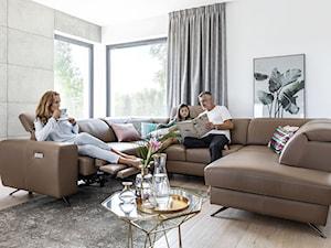Urządzamy salon na lato – jak wprowadzić słoneczny klimat do wnętrza?