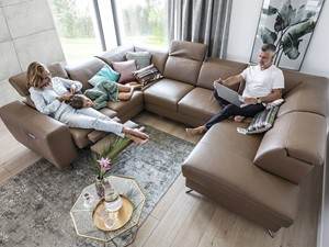 Komfortowe meble wypoczynkowe – odmień swój salon na jesień!