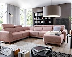 Aranżacje - Średni brązowy salon z bibiloteczką, styl eklektyczny - zdjęcie od Wajnert Meble