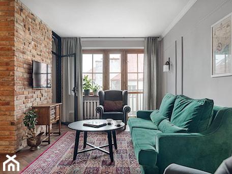 Aranżacje wnętrz - Salon: Apartament na wynajem na krakowskim Kazimierzu - Średni szary salon, styl eklektyczny - double look design. Przeglądaj, dodawaj i zapisuj najlepsze zdjęcia, pomysły i inspiracje designerskie. W bazie mamy już prawie milion fotografii!