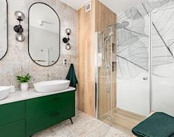 Duża łazienka z wanną i prysznicem - zdjęcie od Innerium Karolina Trojga - Homebook