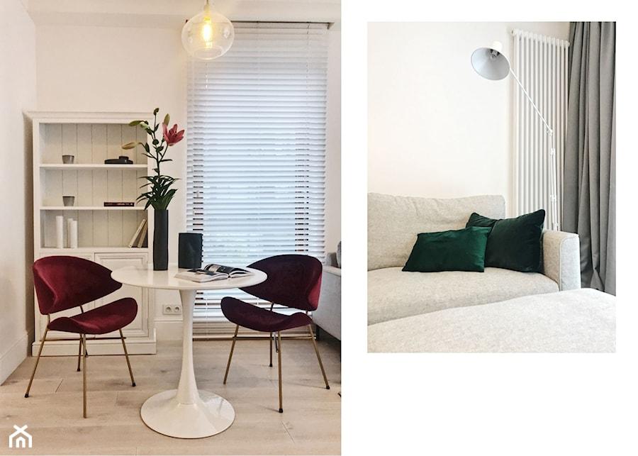 Apartament Grzybowska II - Mały biały salon z jadalnią, styl skandynawski - zdjęcie od LÄTT Studio Wnętrz