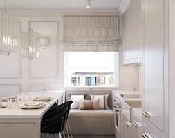 Pokój dzienny z aneksem w stylu amerykańskim - Średnia otwarta beżowa kuchnia jednorzędowa w aneksie z oknem, styl nowojorski - zdjęcie od Aleksandra Wachowicz