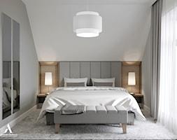 Projekt wnętrz skandynawskiego domu - Średnia szara sypialnia małżeńska na poddaszu, styl skandynawski - zdjęcie od Aleksandra Wachowicz