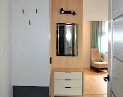 Dom w Rumi, 140m2 - Hol / przedpokój, styl skandynawski - zdjęcie od IDS projektowanie wnętrz - Homebook