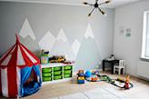 malowane góry w pokoju dziecka