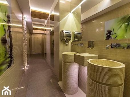 Aranżacje wnętrz - Wnętrza publiczne: Toaleta publiczna - ARCHITEKT WNĘTRZ ASPROJEKT. Przeglądaj, dodawaj i zapisuj najlepsze zdjęcia, pomysły i inspiracje designerskie. W bazie mamy już prawie milion fotografii!