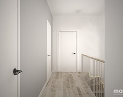 dom 200m2 - Średni biały szary hol / przedpokój, styl minimalistyczny - zdjęcie od maii. architektura wnętrz