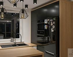 Kuchnia biało-czarna - zdjęcie od Ekskluzywne Schody Drewniane Strzałka