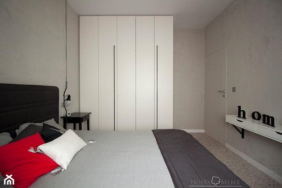 Realizacje - Mała średnia szara sypialnia małżeńska, styl nowoczesny - zdjęcie od HOSTA MEBLE