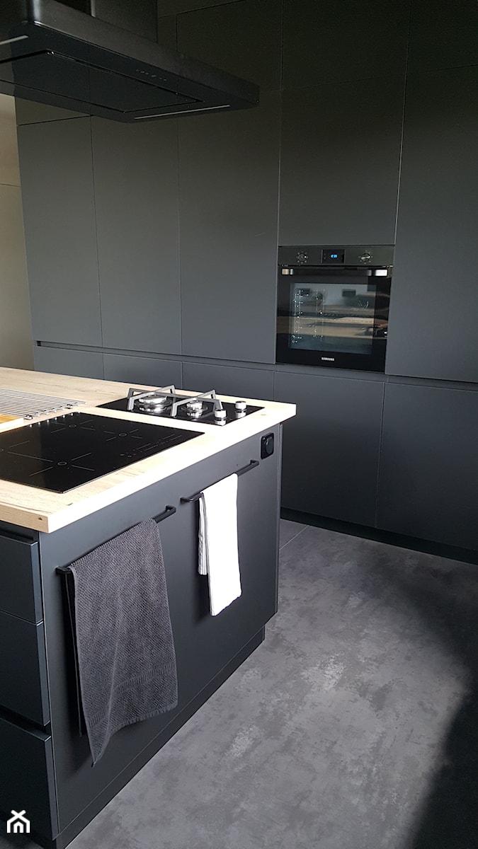 Realizacje - Kuchnia, styl nowoczesny - zdjęcie od HOSTA MEBLE