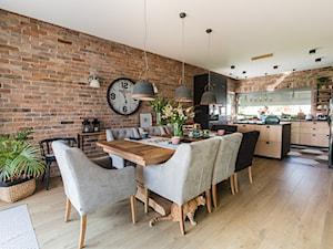 Zielono mi - Średnia otwarta czarna jadalnia w kuchni, styl nowoczesny - zdjęcie od Izabela Śmigórska - projektowanie wnętrz