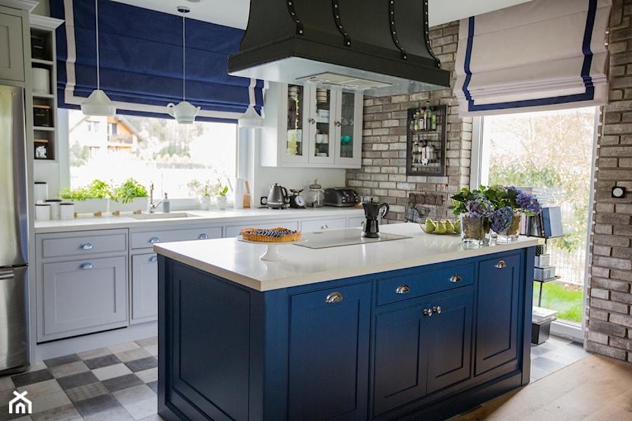 Blue - Kuchnia, styl tradycyjny - zdjęcie od Izabela Śmigórska - projektowanie wnętrz