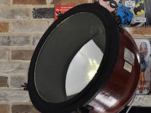Lampy stojące w stylu industrialnym