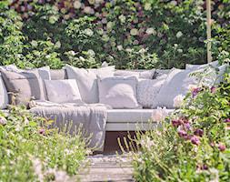Średni ogród za domem - zdjęcie od Giardino Arte