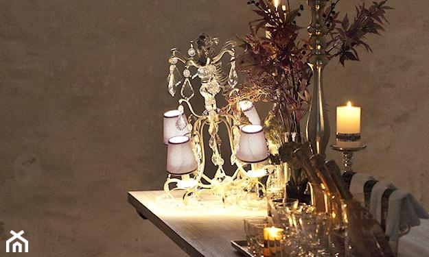 eleganckie dekoracje w złocie