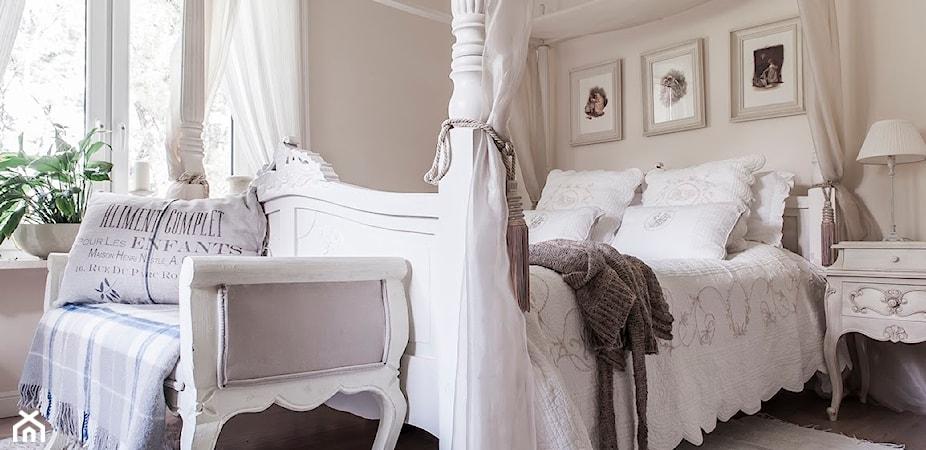 Łóżko z baldachimem. Poznaj 5 najmodniejszych trendów