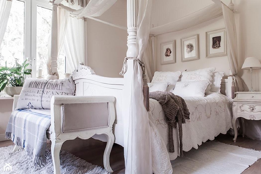 łóżko Z Baldachimem Poznaj 5 Najmodniejszych Trendów Homebook