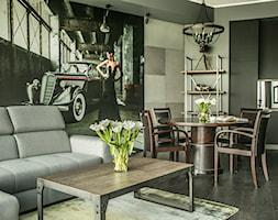 MIESZKANIE w MĘSKIM STYLU - Średnia otwarta beżowa czarna jadalnia w kuchni w salonie, styl rustykalny - zdjęcie od VIVINO Studio