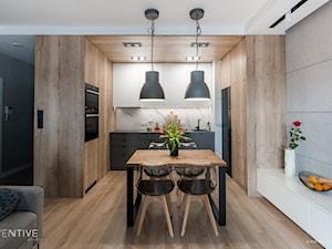ŻOLIBORZ - realizacja - Średnia otwarta kuchnia w kształcie litery u w aneksie, styl nowoczesny - zdjęcie od INVENTIVE studio