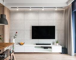ŻOLIBORZ - realizacja - Średni niebieski salon z jadalnią z tarasem / balkonem, styl nowoczesny - zdjęcie od INVENTIVE studio