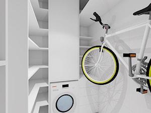 PRZYTULNY MINIMALIZM - Mała zamknięta garderoba, styl minimalistyczny - zdjęcie od INVENTIVE studio