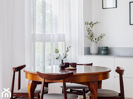 Aranżacje wnętrz - Kuchnia: kroniki • mieszkanie Żoliborz - kroniki.studio. Przeglądaj, dodawaj i zapisuj najlepsze zdjęcia, pomysły i inspiracje designerskie. W bazie mamy już prawie milion fotografii!