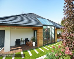 Szklany dach w domku - zdjęcie od Przybylski Ogrody Zimowe & Konstrukcje aluminiowo-szklane