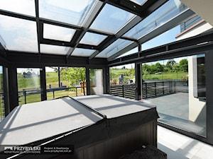 Ogród zimowy z Jacuzzi - zdjęcie od Przybylski Ogrody Zimowe & Konstrukcje aluminiowo-szklane