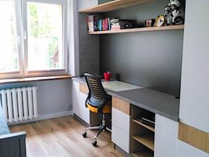 Pokój dla chłopca - Mały szary czarny pokój dziecka dla chłopca dla dziewczynki dla ucznia dla nastolatka - zdjęcie od Vimko Projektowanie Wnętrz