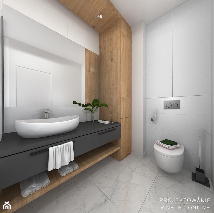 łazienka Czarno Biała Z Akcentem Drewna Mała Szara