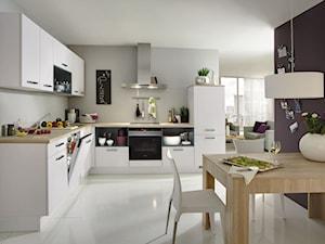 VerleKuchen_model_Laser427 - Średnia otwarta szara kuchnia w kształcie litery l, styl tradycyjny - zdjęcie od Verle Küchen