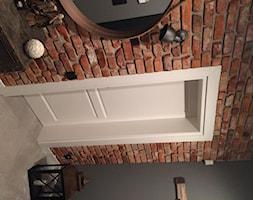 Stary Mur płytki z cegły historycznej rozbiórkowej aranżacja hol przedpokój Stare Cegły Toruń - zdjęcie od STARECEGLY.com