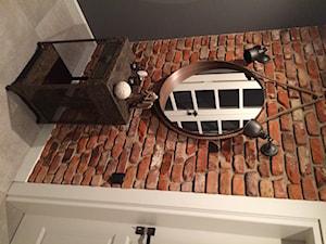 Płytki historyczne Stary Mur aranżacja przedpokój hol Stare Cegły Toruń - zdjęcie od STARECEGLY.com