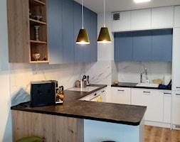 niebieska+kuchnia+-+zdj%C4%99cie+od+SPATIUM+Hanna+Blicharska