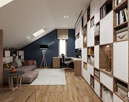 SALON NA PODDASZU - SALON I PRACOWNIA - Mały biały niebieski salon, styl nowoczesny - zdjęcie od EKLEKT ATELIER