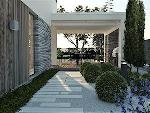 BRYŁA DOMU Z OGRODEM W BOLECHOWICACH - Średni ogród za domem, styl nowoczesny - zdjęcie od EKLEKT DESIGN