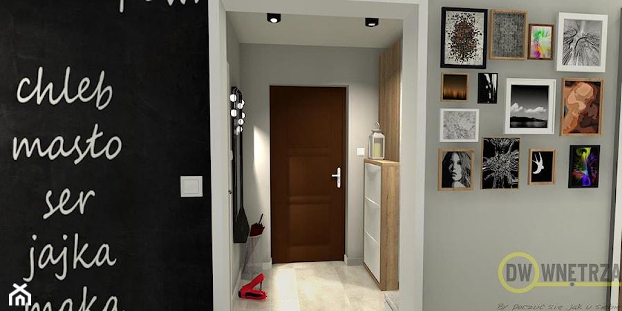 Mieszkanie pod Bydgoszczą - Mały szary hol / przedpokój, styl skandynawski - zdjęcie od DW Wnętrza