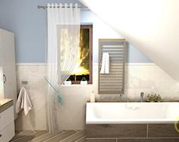 Łazienka na poddaszu - Mała biała niebieska łazienka na poddaszu w domu jednorodzinnym z oknem, styl eklektyczny - zdjęcie od DW Wnętrza
