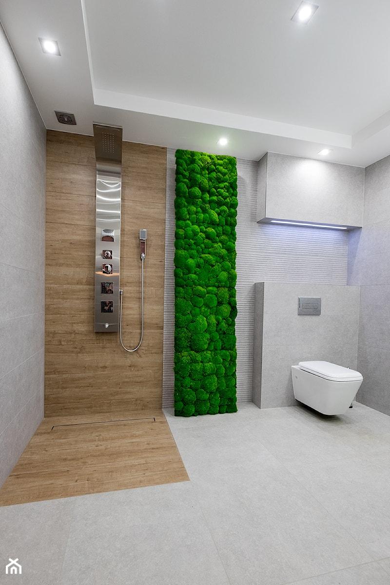 ściana Z Mchu Mieszkanie Prywatne łazienka Styl